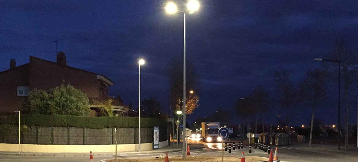 PROYECTO SMART CITY DE UNA ROTONDA INTELIGENTE EN CAMBRILS
